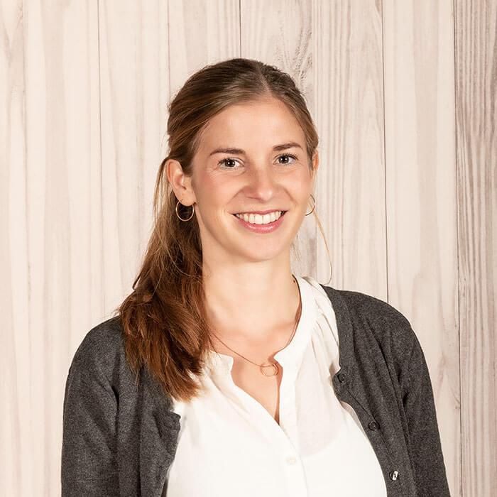 Marina Bach